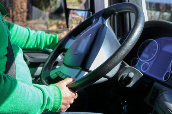 Estudo afirma que exame toxicológico é o responsável por impedir que milhares de potenciais usuários de drogas conduzam veículos pesados