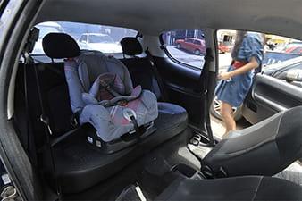 PL determina que as locadoras de carro disponibilizem cadeirinhas