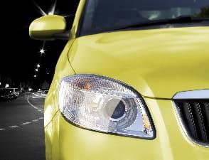 Saiba a diferença das funções de faróis e lanternas e a importância destes itens para segurança veicular