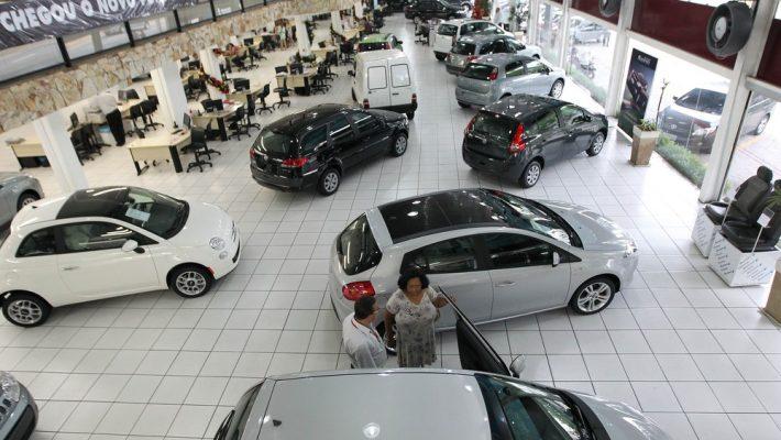 Venda de veículos sobe 15,7% em fevereiro, diz Fenabrave